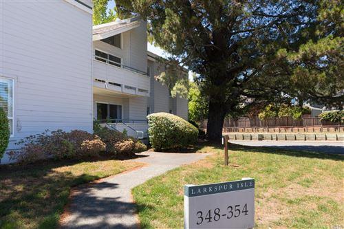 Photo of 354 Larkspur Plaza Drive, Larkspur, CA 94939 (MLS # 22006558)