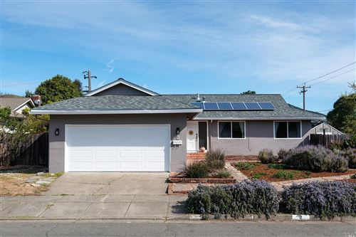 Photo of 2 Stasia Drive, Novato, CA 94947 (MLS # 22002560)
