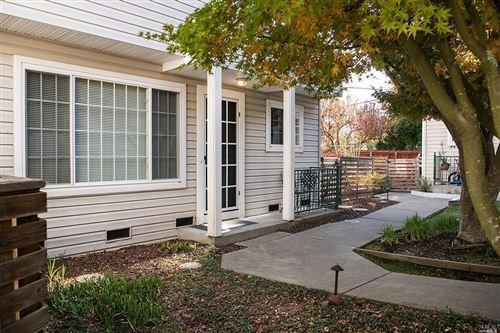 Photo of 122 Golden Ridge Avenue, Sebastopol, CA 95472 (MLS # 21927565)