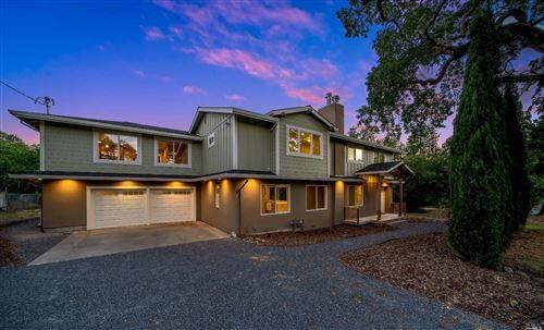 Photo of 4562 Badger Road, Santa Rosa, CA 95409 (MLS # 22011591)