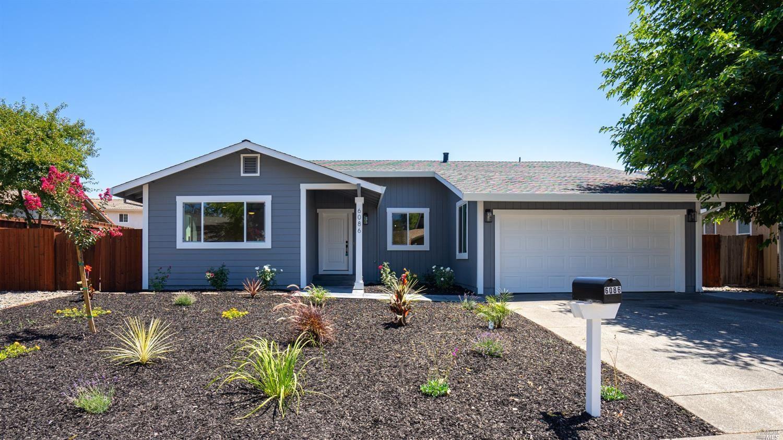6086 Dinah Court, Rohnert Park, CA 94928 - MLS#: 321067601