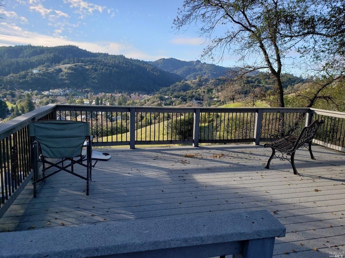 227 Vista View Drive, Cloverdale, CA 95425 - #: 22000605
