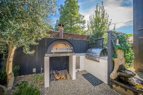 Tiny photo for 1720 Vineyard Avenue, Saint Helena, CA 94574 (MLS # 21914612)