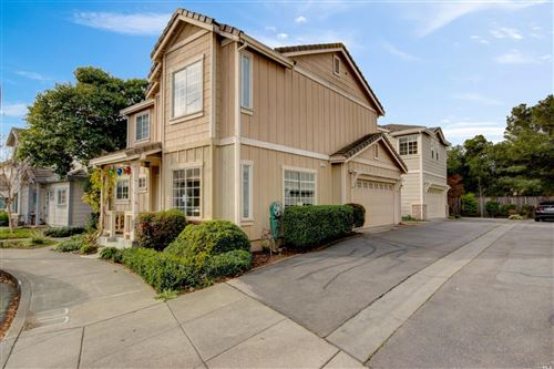 Photo of 623 Searles Way, Petaluma, CA 94954 (MLS # 21930617)