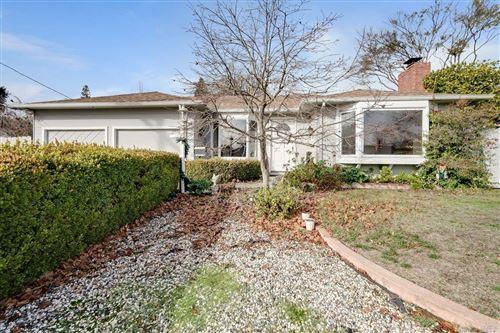 Photo of 723 Bradley Avenue, Novato, CA 94947 (MLS # 22030622)