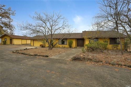 Photo of 10946 Eastside Road, Healdsburg, CA 95448 (MLS # 21929624)