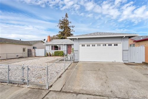 Photo of 405 Lucina Street, American Canyon, CA 94503 (MLS # 22007645)