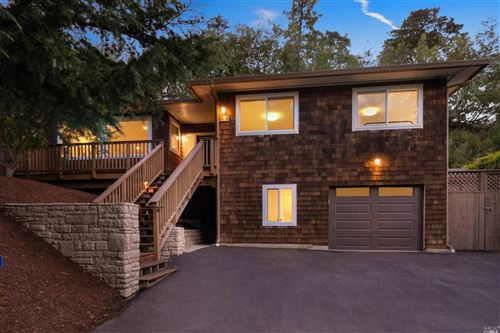 Photo of 320 Ferndale North Avenue, Mill Valley, CA 94941 (MLS # 22017648)