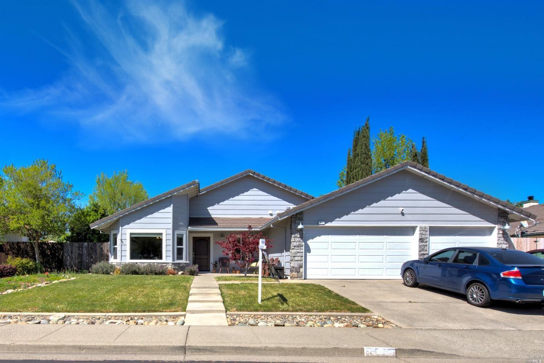 555 Arlene Drive, Vacaville, CA 95688 - MLS#: 321023653