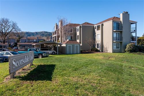 Photo of 26 Lakeview Court, Novato, CA 94947 (MLS # 22001685)