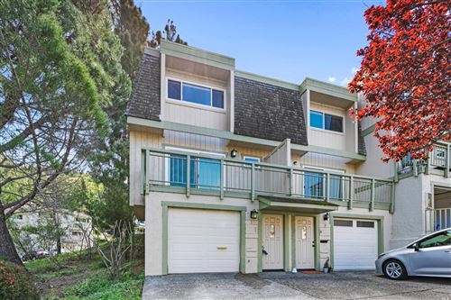 Photo of 1 Aries Lane, Novato, CA 94947 (MLS # 22006689)