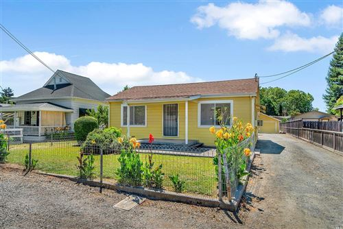 Photo of 272 Matheson West Street, Healdsburg, CA 95448 (MLS # 22015694)