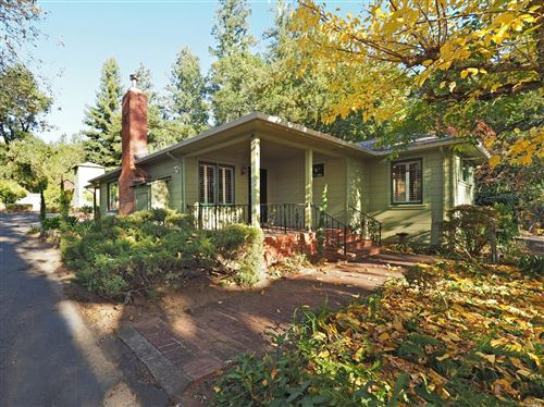 Photo of 849 Dry Creek Road, Healdsburg, CA 95448 (MLS # 21929706)