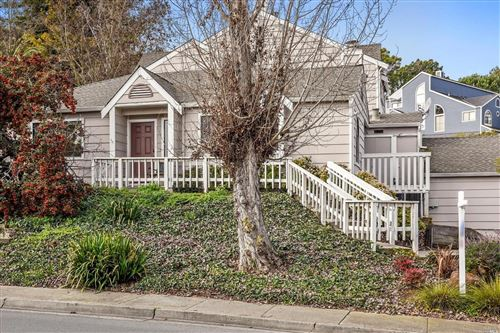 Photo of 303 Seaport Drive, Vallejo, CA 94590 (MLS # 22000719)