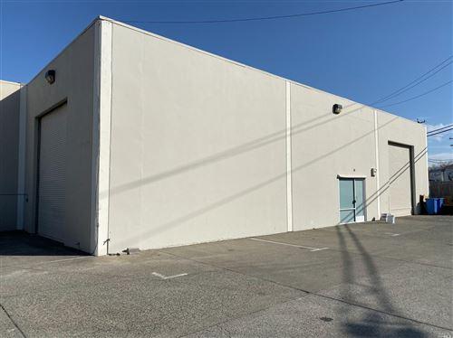 Photo of 88 Mitchell Boulevard, San Rafael, CA 94903 (MLS # 22018727)