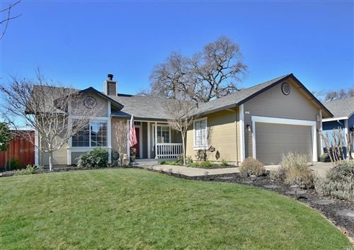 Photo of 6141 Amie Drive, Windsor, CA 95492 (MLS # 22001732)