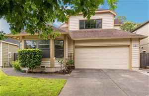 Photo of 306 Broad Oak Way, Windsor, CA 95492 (MLS # 21918734)