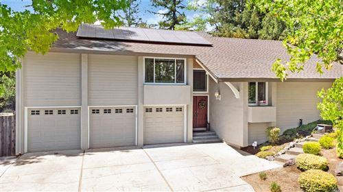 Photo of 729 Montclair Drive, Santa Rosa, CA 95409 (MLS # 22017759)