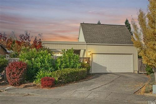 Photo of 720 Lobelia Court, Sonoma, CA 95476 (MLS # 21928760)