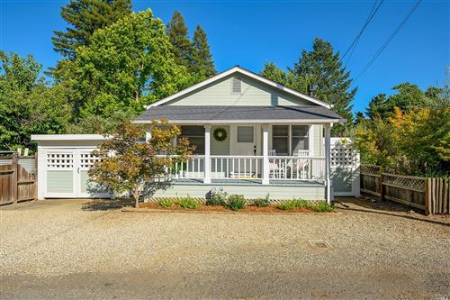 Photo of 1723 Hillview Place, Saint Helena, CA 94574 (MLS # 22011768)