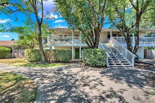 Photo for 941 Mariposa, Saint Helena, CA 94574 (MLS # 321020772)