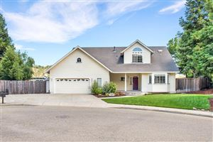 Photo of 586 Hillside Drive, Cloverdale, CA 95425 (MLS # 21916773)