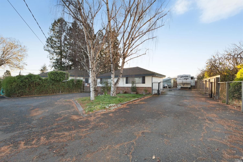 7175 Petaluma Hill Road, Penngrove, CA 94951 - MLS#: 21929776