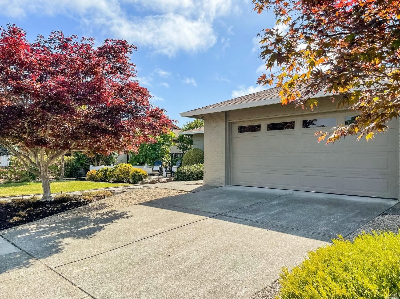 8848 Hood Mountain Way, Santa Rosa, CA 95409 - MLS#: 321058811