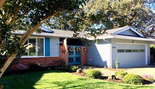 Photo of 6924 Fairfield Drive, Santa Rosa, CA 95409 (MLS # 22010815)