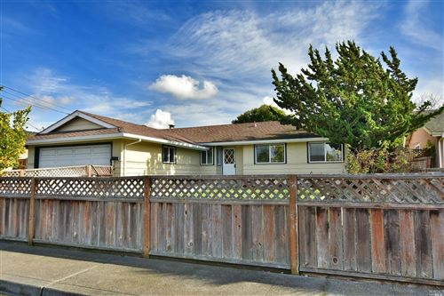 Photo of 1308 Pacific Avenue, Petaluma, CA 94954 (MLS # 21930822)