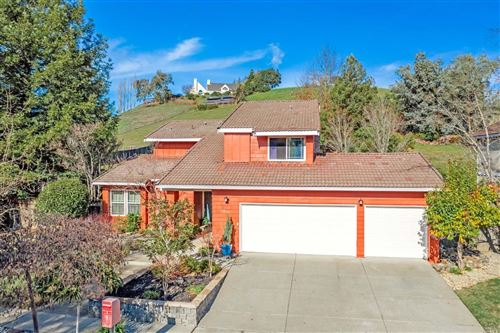 Photo of 1038 Stonebridge Drive, Napa, CA 94558 (MLS # 21930825)