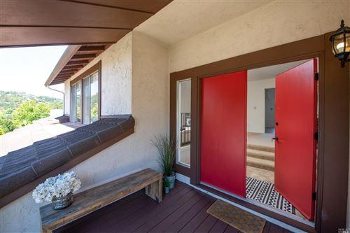 Photo of 15 El Pavo Real Circle, San Rafael, CA 94903 (MLS # 22017831)
