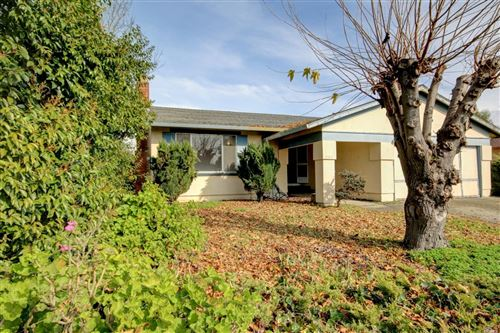 Photo of 861 Crinella Drive, Petaluma, CA 94952 (MLS # 22000832)