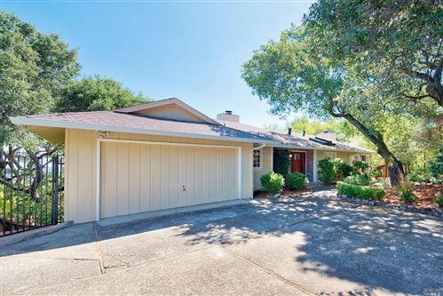 Photo of 16 Oakmont Court, San Rafael, CA 94901 (MLS # 22017839)