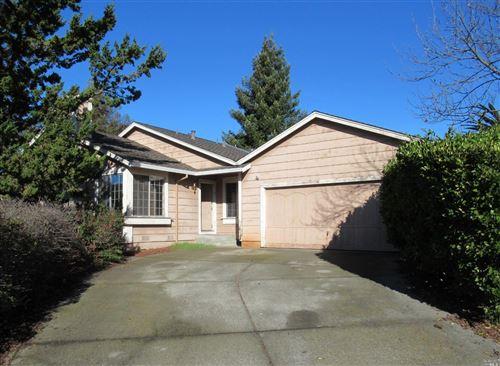Photo of 1611 Northstar Drive, Petaluma, CA 94954 (MLS # 22030842)