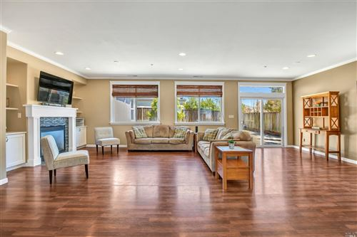 Photo of 600 Meadow Bay Drive, American Canyon, CA 94503 (MLS # 22011844)