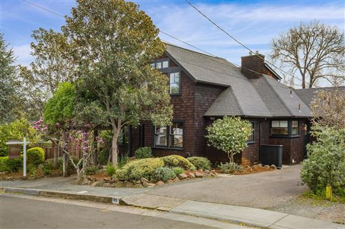 Photo of 15 Foss Avenue, San Anselmo, CA 94960 (MLS # 22007848)