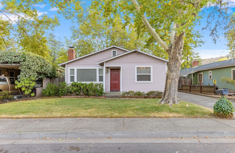 227 Washington Avenue, Ukiah, CA 95482 - MLS#: 321099854