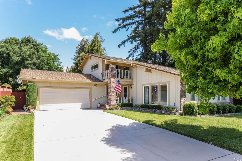 6054 Donna Court, Rohnert Park, CA 94928 - MLS#: 321057864