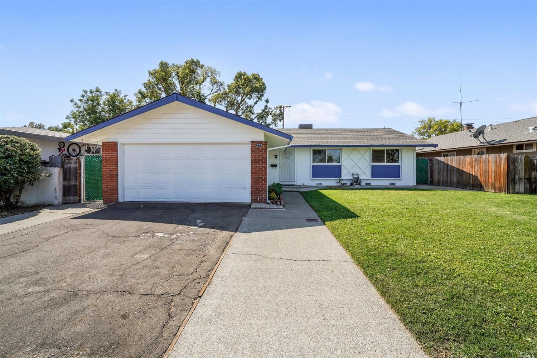 233 Monte Vista Avenue, Vacaville, CA 95688 - MLS#: 321081865