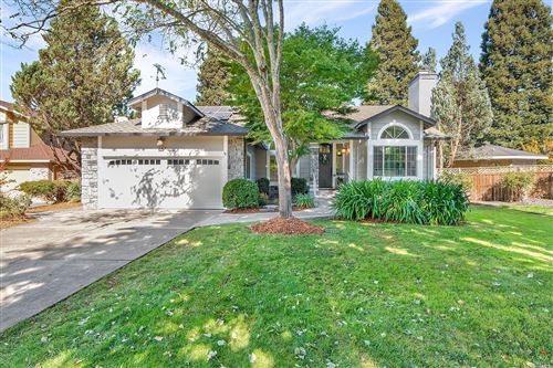Photo of 343 Whitethorn Court, Windsor, CA 95492 (MLS # 22026891)