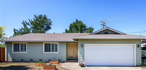 Photo of 8139 Countryside Court, Windsor, CA 95492 (MLS # 22010898)