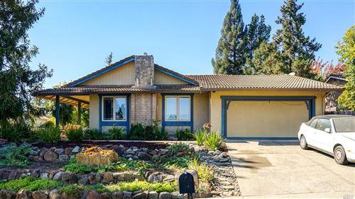 Photo of 3301 Linda Mesa Way, Napa, CA 94558 (MLS # 22024909)