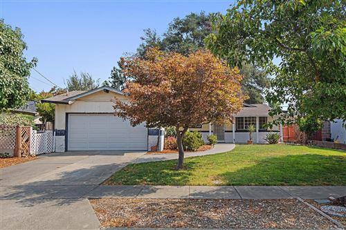 Photo of 3502 Baxter Avenue, Napa, CA 94558 (MLS # 22020911)