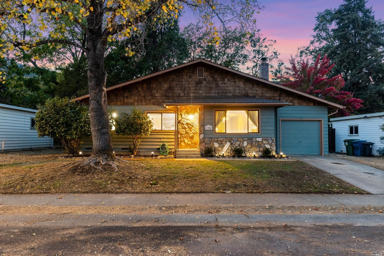 1384 Yokayo Drive, Ukiah, CA 95482 - MLS#: 321099919