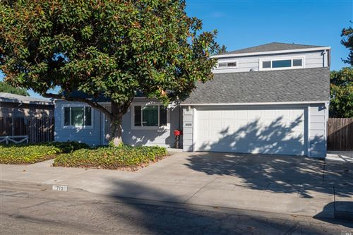 Photo of 713 8th West Street, Santa Rosa, CA 95401 (MLS # 22025930)