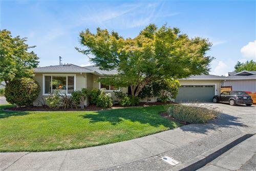 Photo of 2521 Barona Place, Santa Rosa, CA 95405 (MLS # 22017931)