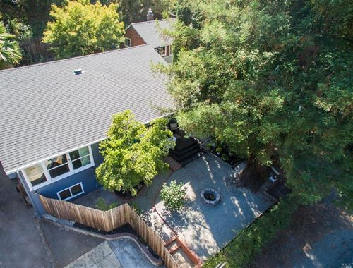 Photo of 2094 Redwood Drive, Healdsburg, CA 95448 (MLS # 22017941)
