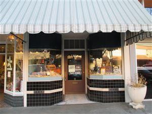 Photo of 119 Kentucky Street #A, Petaluma, CA 94952 (MLS # 21900943)