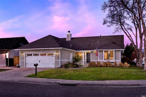 Photo of 904 Wood Sorrel Drive, Petaluma, CA 94954 (MLS # 22029950)